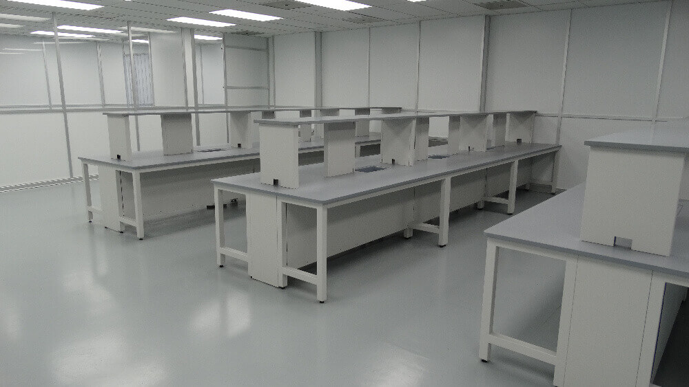 lab room benches