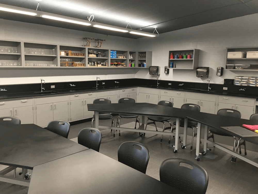 Forreston High School Classroom Laboratory