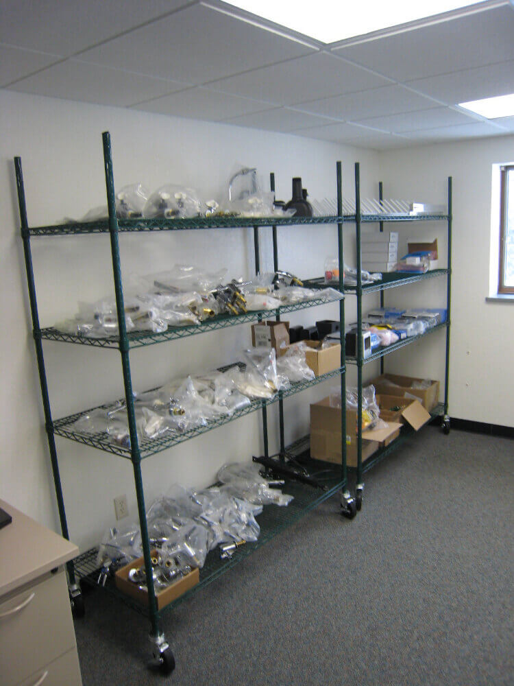 lab metro shelving