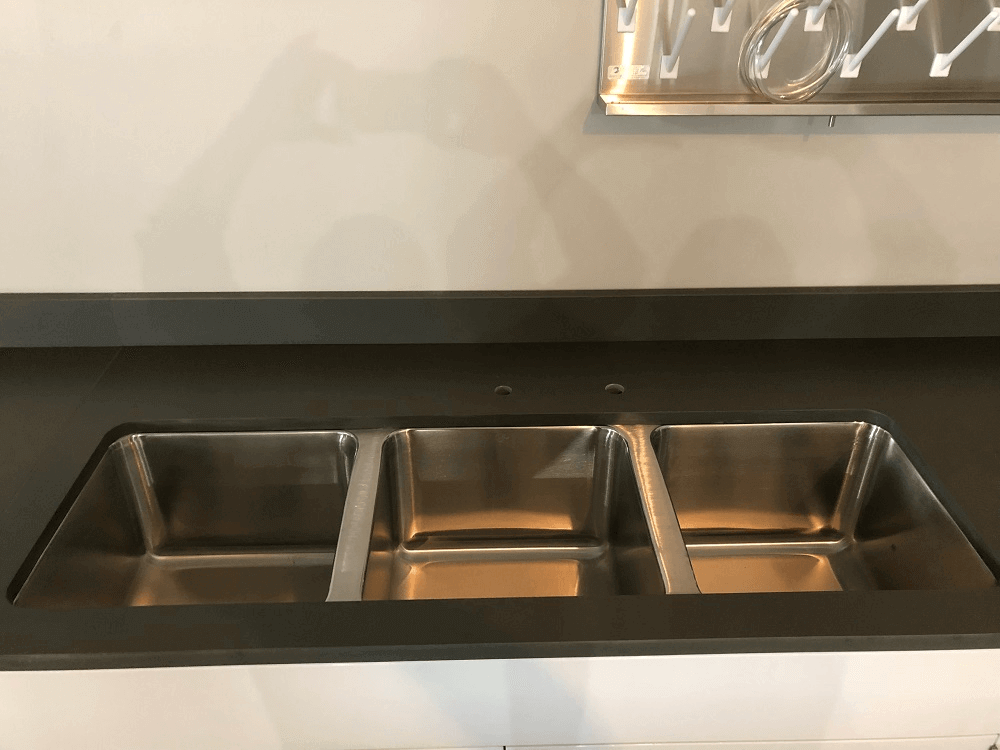 RainShadow 3 Compartment Sink for Laboratory
